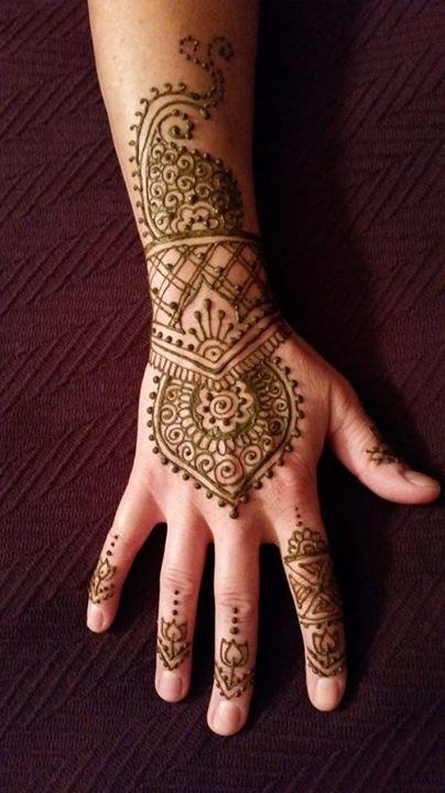 Mehndi Henna History : Henna art by luna the lake country mom